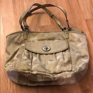 Coach tan purse with handle